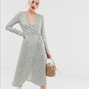 Ladies Wrap dress by Glamorous for ASOS